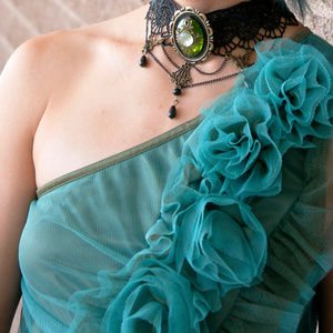 Unbrand 80s style teal rosette dress with rouching